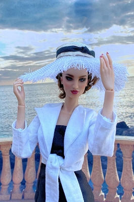 Bahia Blanca (Hats by Gudrun)