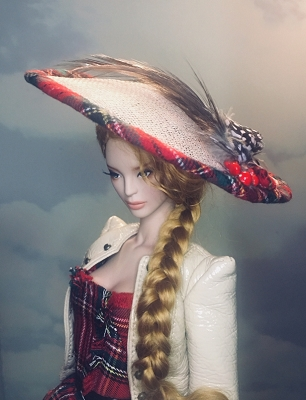 Highland Lady (Hats by Gudrun)