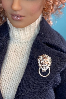 Lion Head Brooch