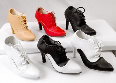 Lace Up Shoe (For American Model)