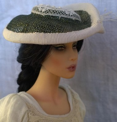 Cream Baiser (Hats by Gudrun)