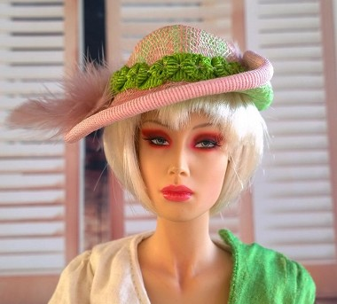 Keep the Grass Growing (Hats by Gudrun)