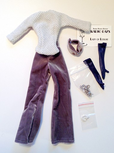 Lady of Leisure Outfit