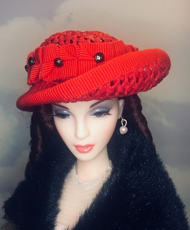 Red Apple (Hats by Gudrun)
